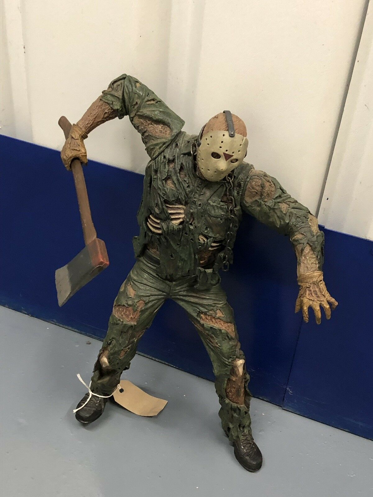 NECA 18 Inch Jason Voorhees with motion activated sound AF F13 M 51