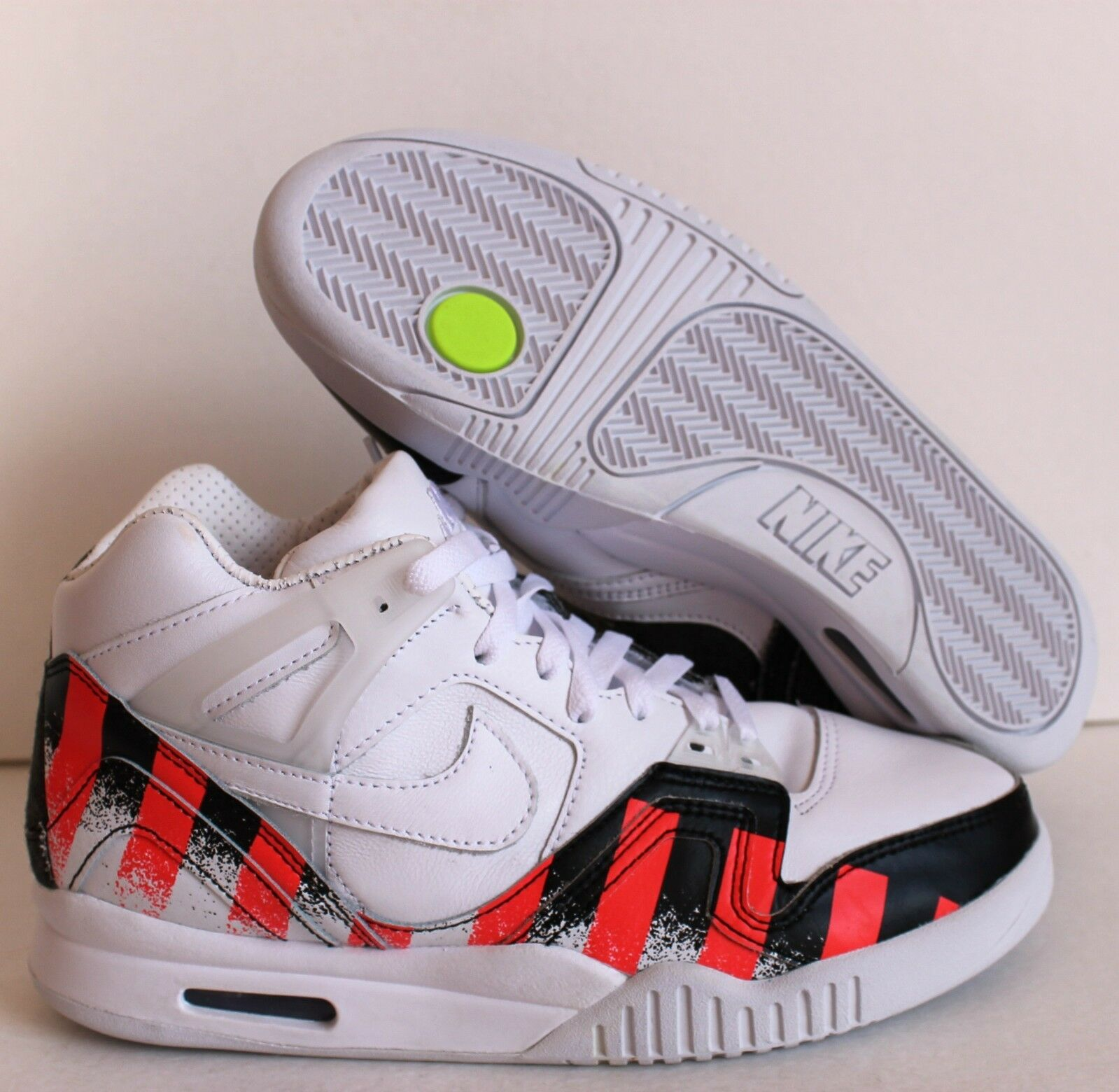 NIKE AIR TECH CHALLENGE II FRENCH OPEN WHITE LASER CRIMSON SZ 8 [621358-116]