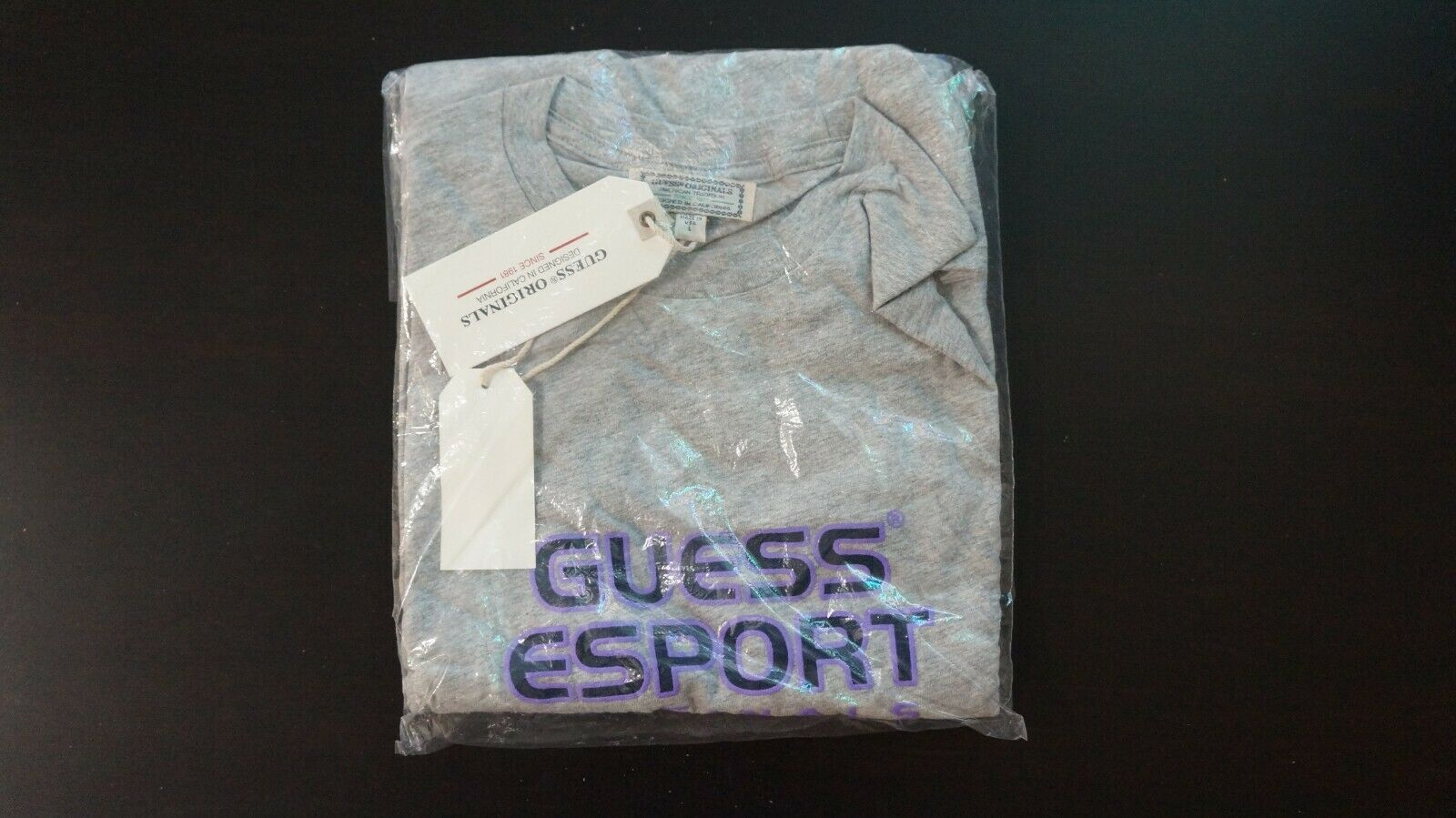 GUESS Esport Twitchcon Shirt L Heather grau lila RARE
