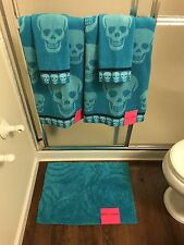 NEW Betsey Johnson 5 Piece Bath Towel Washcloth Rug Set Blue Crazy Skull