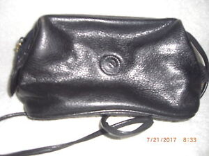 Vintage Albert Nipon Dark Leather Shoulder Bag