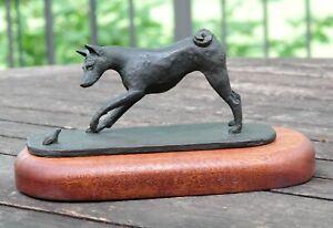 Basenji-and-the-Frog-Bronze-by-Damara-Bolte-039