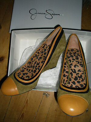 Jessica Simpson Tribunal Zapatos de cuña marrón, parte superior de ante, a estrenar, EU 41/UK 8