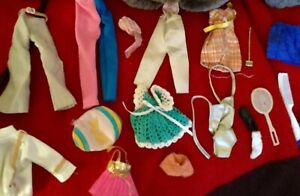 Mixed-Lot-Vintage-Doll-Clothing-Pieces-amp-Accessories-for-Small-Dolls-Dawn-Etc