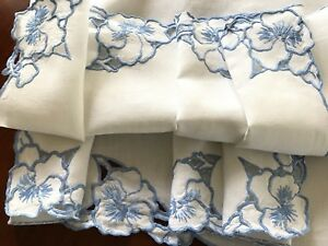 VINTAGE-HAND-EMBROIDERED-CUTWORK-BLUE-WHITE-LINEN-TABLE-CLOTH-41X41-INCHES