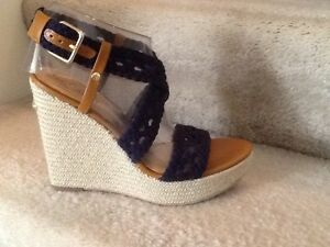 f02513ba59 Women's Lilly Pulitzer Kelsey Navy leather wedge sandals heels shoes ...