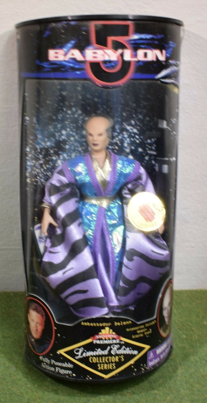 EXCLUSIVE PREMIERE DIAMOND COMIC BABYLON 5 AMBASSADOR DELENN ACTION FIGURE