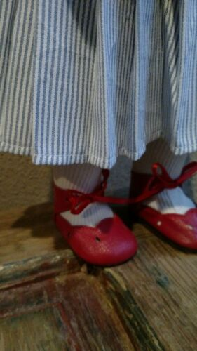 "very large doll shoe5 /& socks NEW Old Stock 100/% LEATHER Doll 4 1//4/"" Shoes"