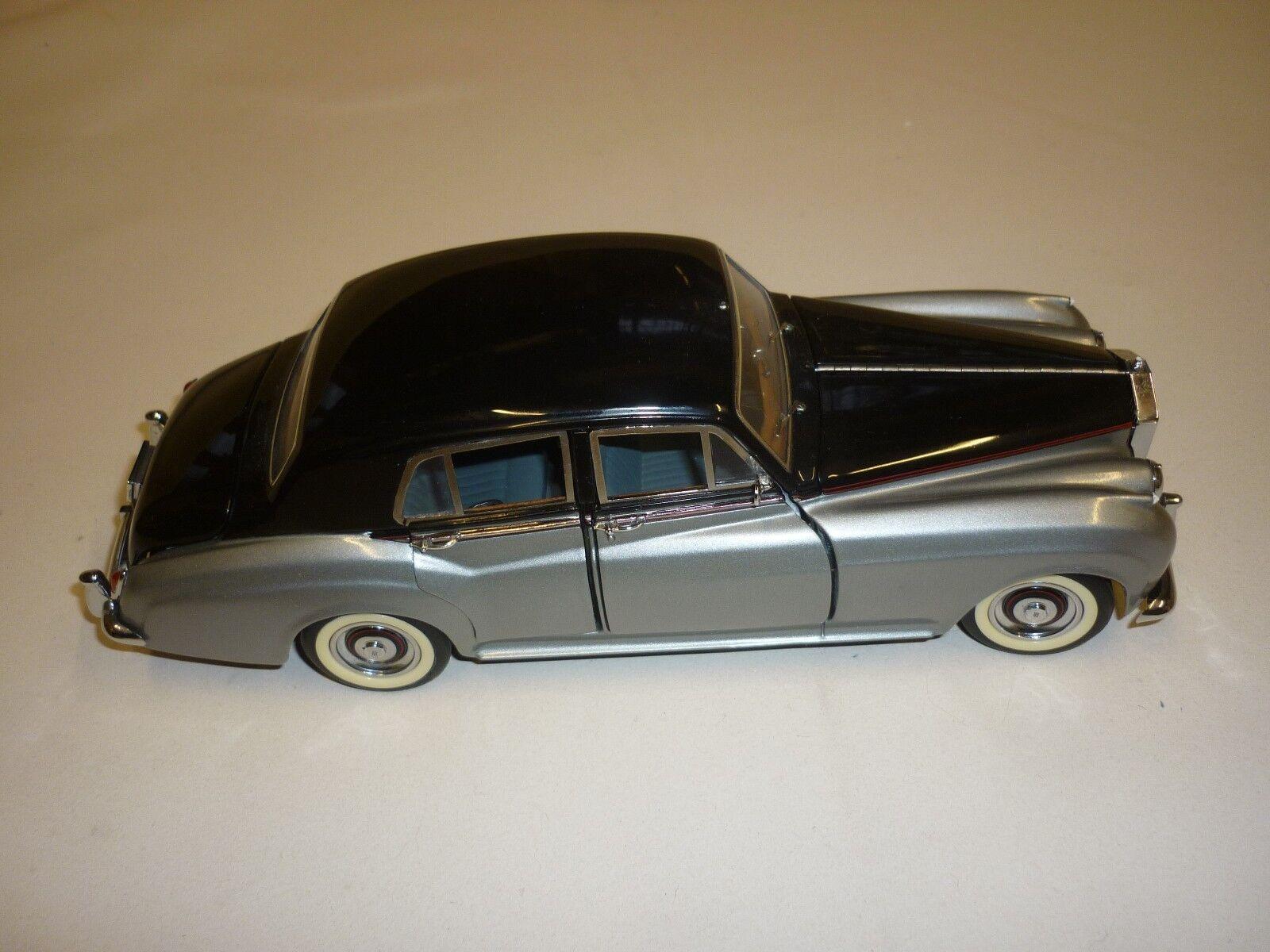Un Danbury Mint 1955 Rolls Royce Cloud 1, no en caja