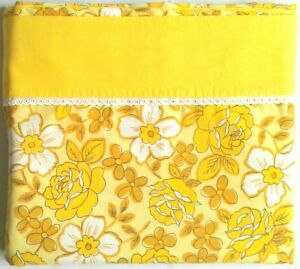 Vtg-DANTREL-Bedsheet-FULL-FLAT-Retro-Yellow-Roses-Flower-Power-No-Iron-Muslin