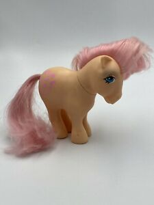 Vintage-My-Little-Pony-Pretty-Parlor-Pony-Peachy-G1-MLP-Hasbro-Pink-Hearts-1982