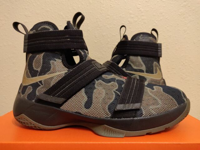 8d3e17279ef7 Nike Lebron Soldier X 10 Basketball GS Youth Big Kids Black Camo (845121-022