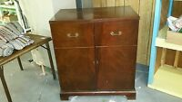 VINTAGE GENERAL ELECTRIC CHERRY WOOD UPRIGHT RADIO CABINET