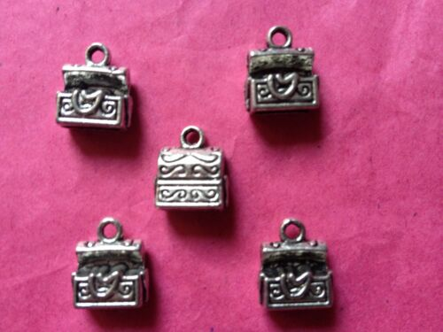 5 per pack Tibetan Silver Pirate Treasure Chest 3D Charms