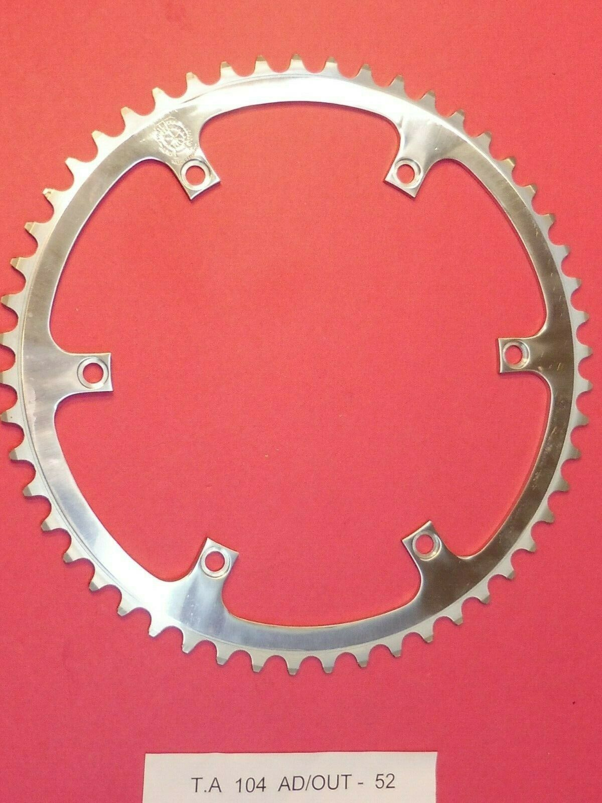 TA  Art.104   152 PCD  Adaptor Outer  52 tooth  chainring   NOS L'eroica