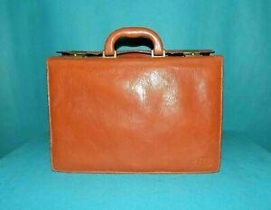 mallette porte documents LORENZO en cuir marron cognac avec clé unisexe