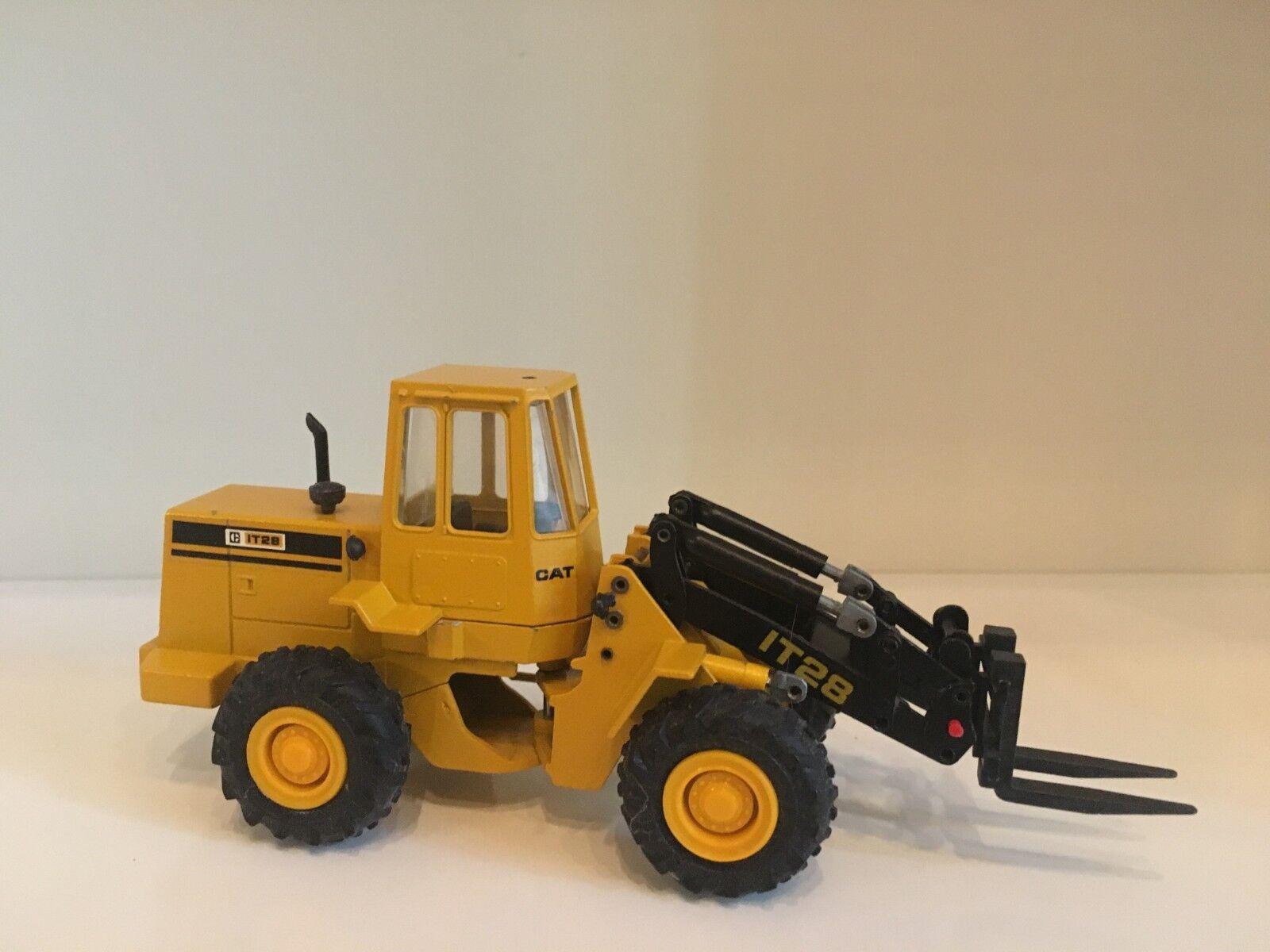 Caterpillar IT 28 Industrielader von von von Conrad 2888 1 50 9c5516