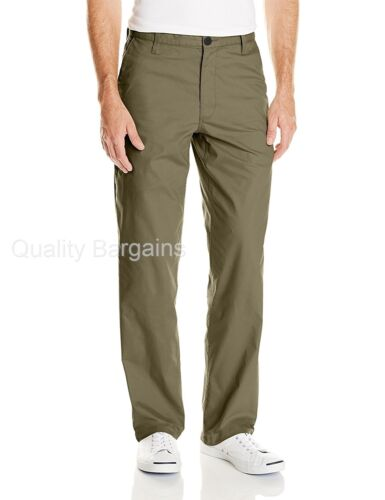 NEW Mens Dockers Broken In On The Go Straight Fit Stretch Flat Front Khaki Pants