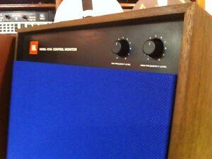 One-New-Pair-of-JBL-Studio-Monitor-4310-4311-4312-Royal-Blue-Speaker-Grilles
