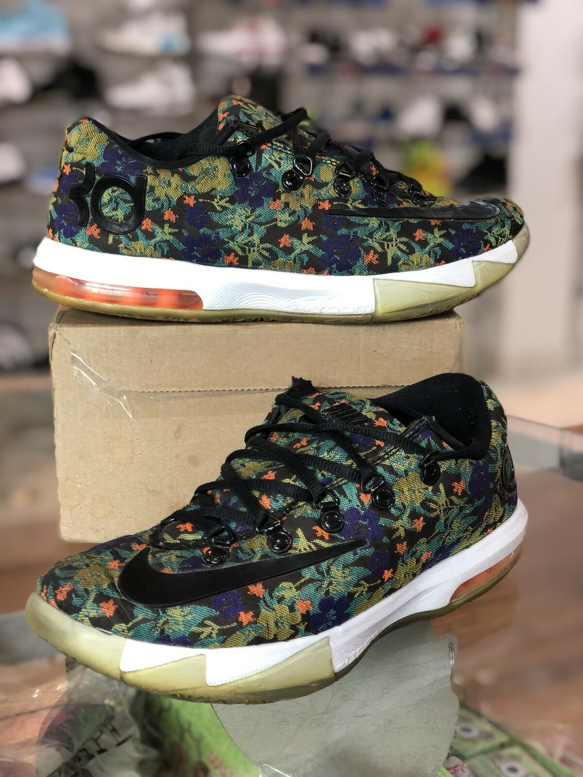 Nike KD VI 6 Floral EXT QS Kevin Durant Basketball 652120-900 Size 8