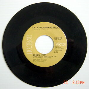 1976-039-S-45-R-P-M-RECORD-K-C-amp-THE-SUNSHINE-BAND-BOOGIE-SHOES-SHAKE-SHAKE-S
