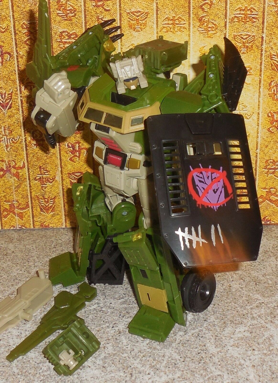 Transformers Universe HARDHEAD Complete Classics Voyager w Upgrades