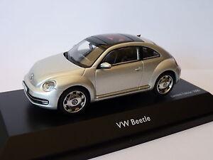 Volkswagen-beetle-de-2013-au-1-43-de-Schuco