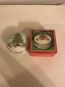 HOLIDAY-HOSTESS-3-5-Inch-Covered-Box-Round-Fine-China-Christmas-L