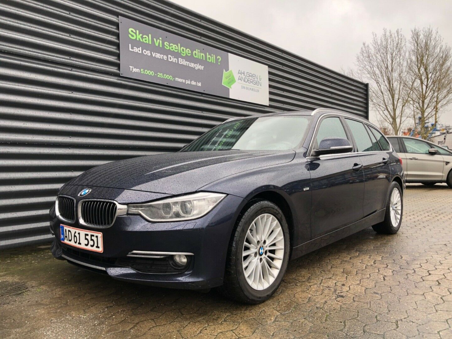 BMW 320d 2,0 Touring Luxury Line aut. 5d