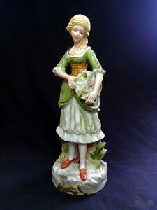 VTG-Bisque-Porcelain-Girl-With-Basket-Figurine-26cm-Tall-FREE-Delivery-UK