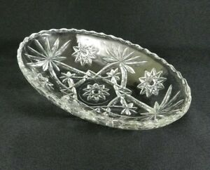 Vintage-Relish-Dish-Small-Serving-Bowl-Oval-Clear-Pressed-Glass-Diamond-9-034-x-6-034