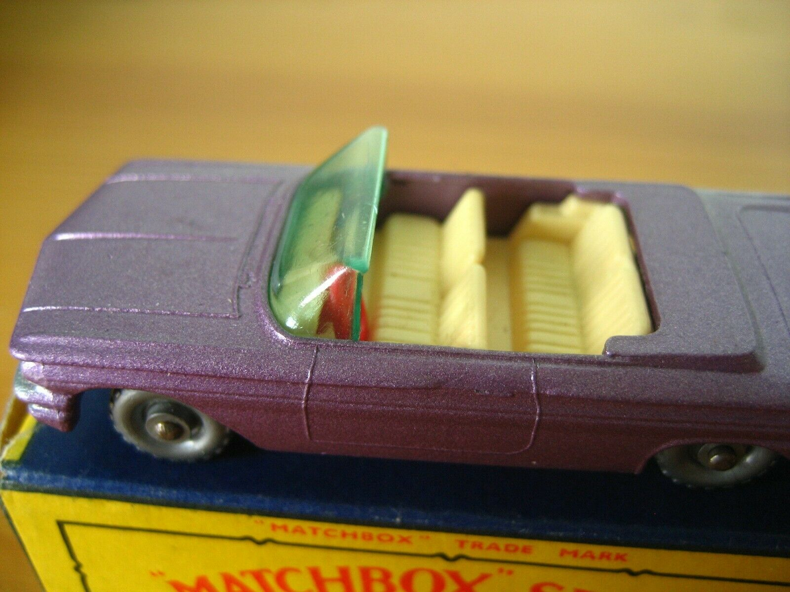 1960s Matchbox LESNEY 39 39 39 Purple Pontiac SPW Congreenible RED Steering wheel MIB 3c7fca