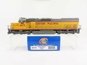HO-Scale-Athearn-95115-UP-Union-Pacific-SD40T-2-Diesel-Locomotive-4573-DCC-Ready