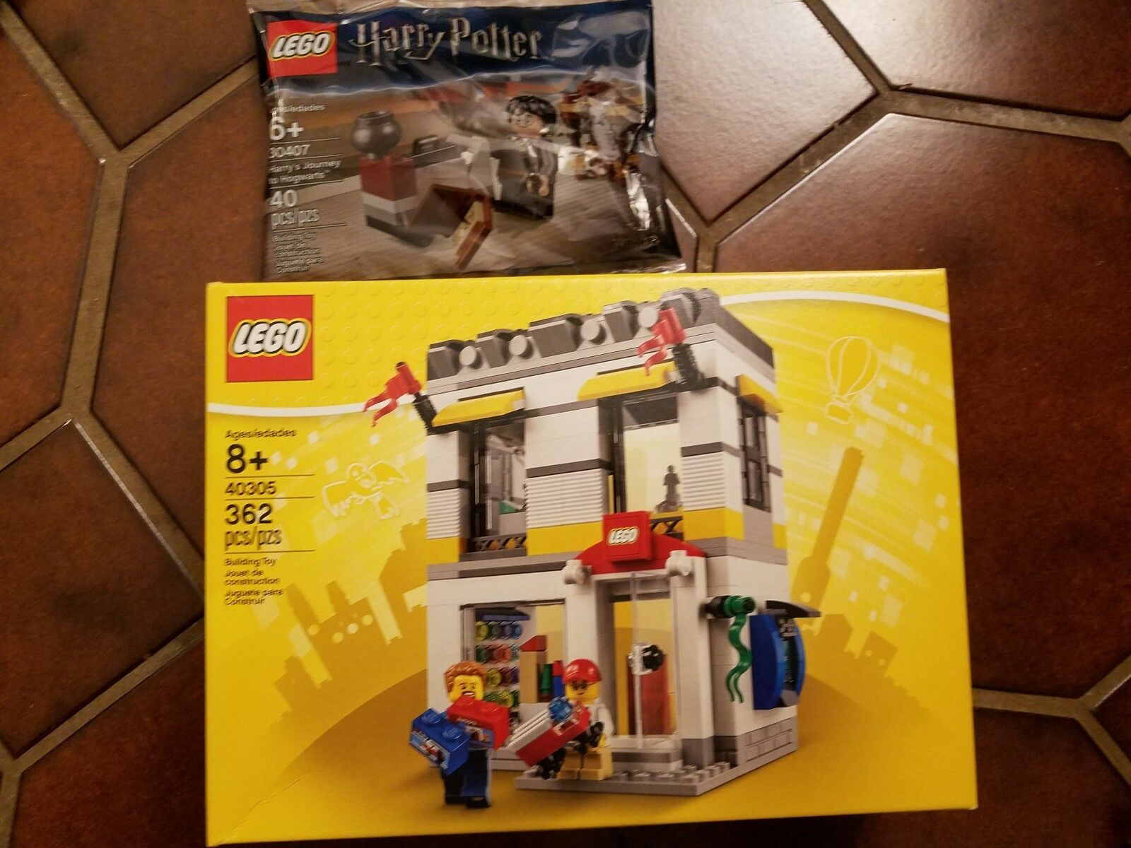 NEW 40305 Lego Brand Store & 30407 Harry's Journey to Hogwarts BONUS Exclusive