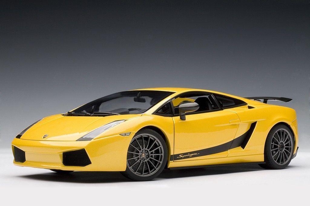 1 18 Autoart Lamborghini Gallardo Superleggera giallo