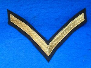 PIPE-BAND-PIPERS-CORPORAL-RANK-STRIPE-CHEVRON-GOLD-BRAID-ON-BLACK-BACKING