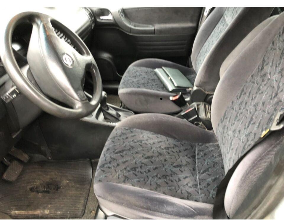 Opel Zafira 1,8 16V Flexivan aut. Benzin aut. aut. modelår