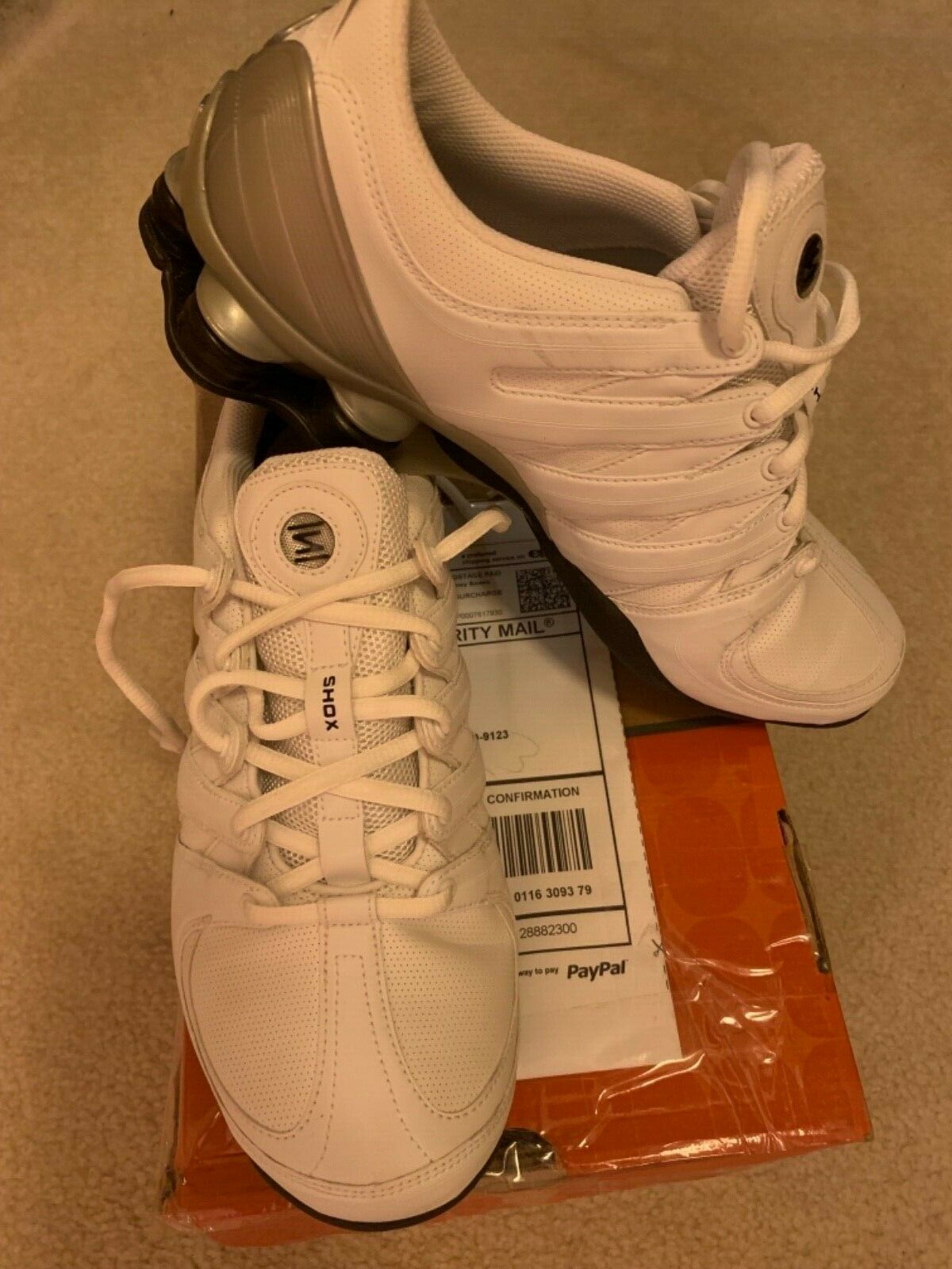Nike Nike Nike Shox MC vit  Blk  Metallic silver Storlek 10B springaning skor 313764102  exportutlopp