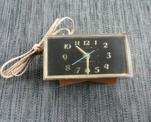 Details about Vintage G E  General Electric Alarm Clock Nice Condition