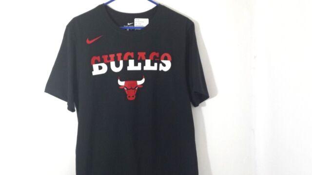 Nike MENS Dri-Fit Tee NBA Chicago Bulls Basketball Black Size: Large Nice Shirt!