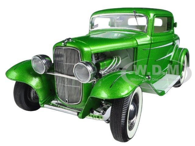 1932 FORD GRAND NATIONAL DEUCE SERIES  6 verde LTD 996PCS  1 18 ACME A1805011