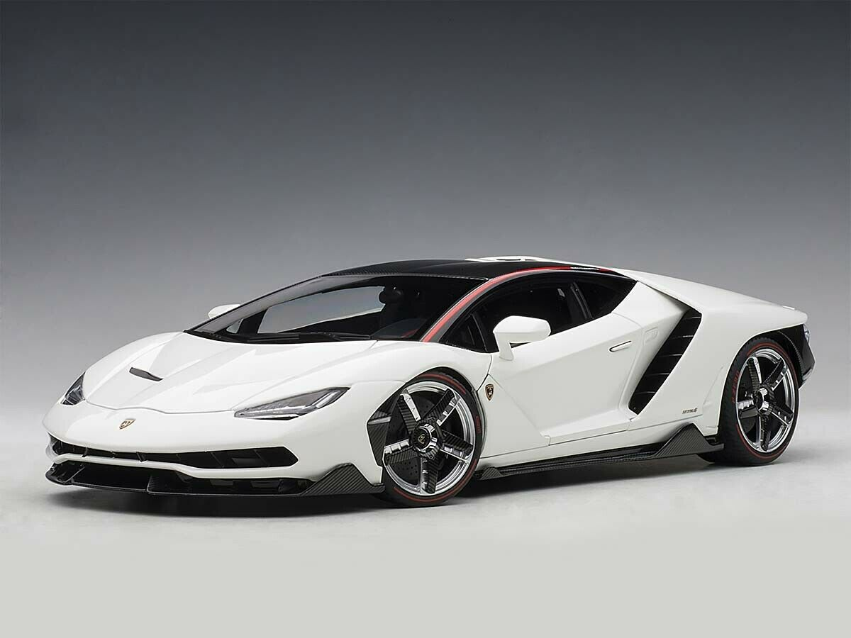 CarArt Lamborghini Centenario Bianco Isis 1 18