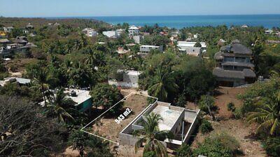Terreno de 540 m2 en la Punta Zicatela Puerto Escondido Oaxaca