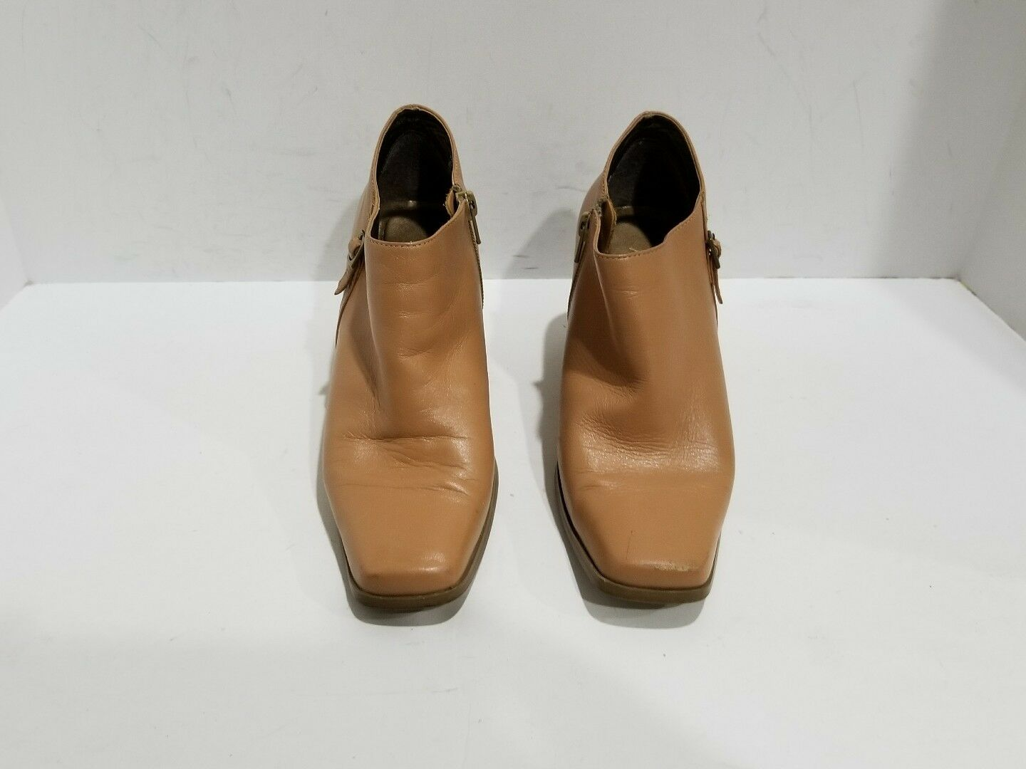 Markon Womens Tan Leather Ankle Boots Size 7 M