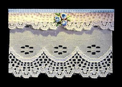 Pretty White & Blue Lace Finestra Tenda/tenda Per Dolls House-da Sylvia Rose-mostra Il Titolo Originale
