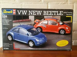 Revell-1-24-No-07394-VW-NEW-BEETLE-With-Tuning-Version-Plastic-Modelkit-2002