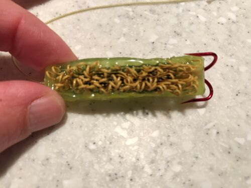 Pack of 24 Chartreuse Woolyback Catfish Dip Bait Stinkbait Worms w// Treble Hook