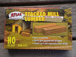Atlas-Stacked-milled-Lumber-kit-791-Ho-Scale-1-87