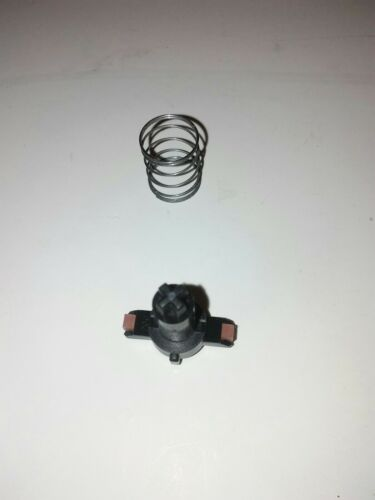 Commodore 64 C64 replacement SPRING /& PLUNGER