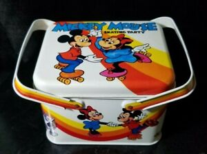 VINTAGE WALT DISNEY MICKEY MOUSE SKATING PARTY TIN LUNCH BOX WITH HANDLES